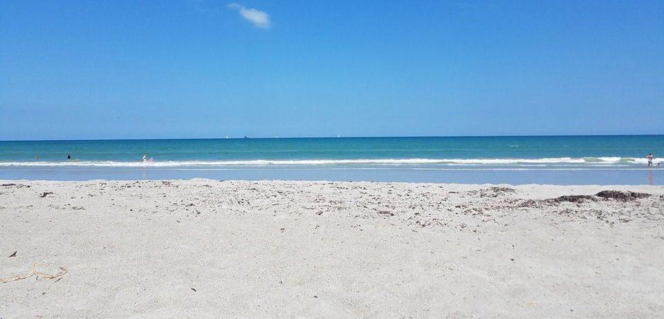 cropped-beach.jpg